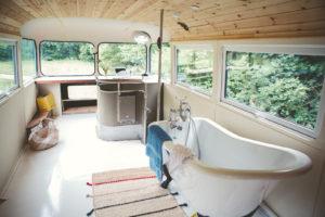 Ellie Bus-103